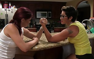 great female armwrestling
