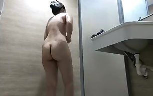 Milf in sexy lingerie shower caught on hidden spy cam
